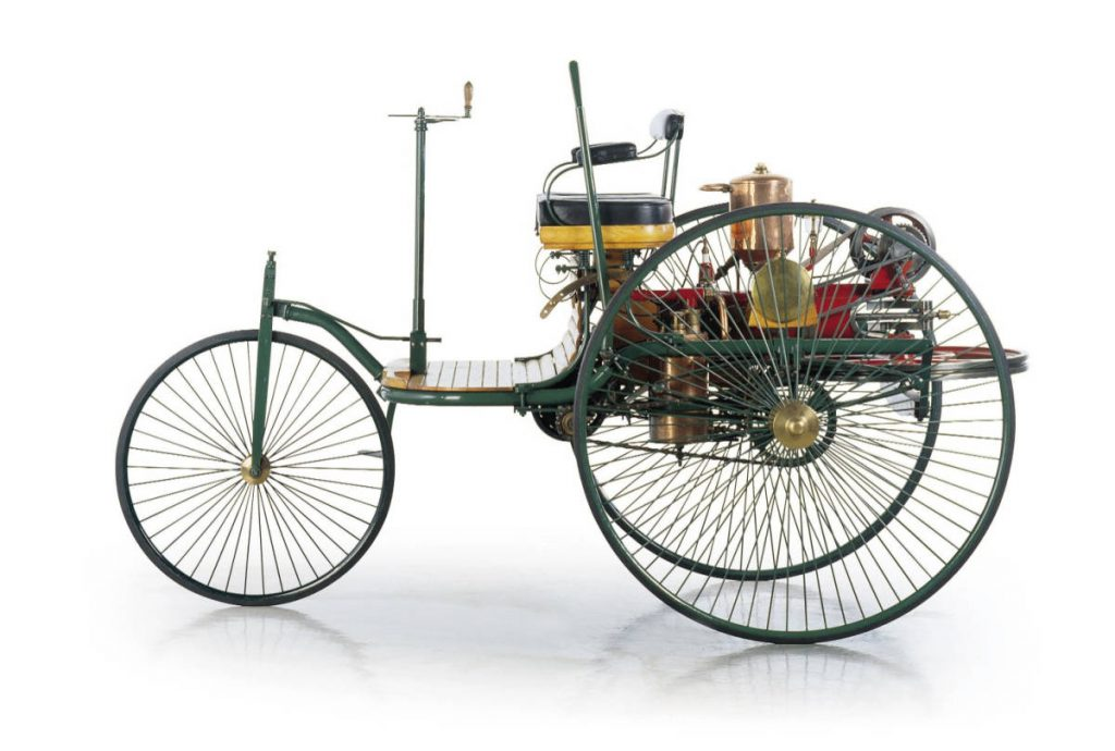 Benz MotorWagen 1886 with (Courtesy: Benz, Wikimedia.org)