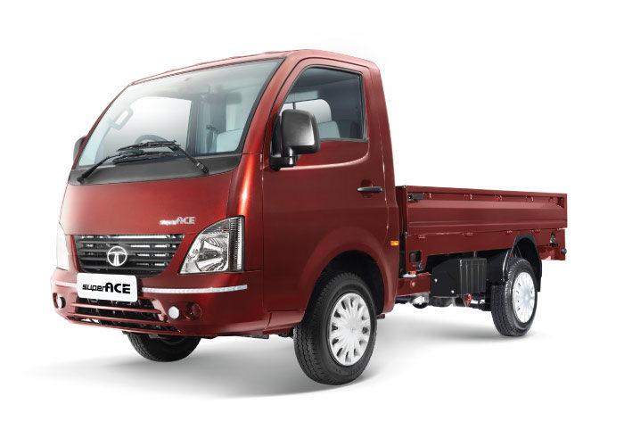 Tata SuperAce Mint Red (Courtesy: Tata Motors)