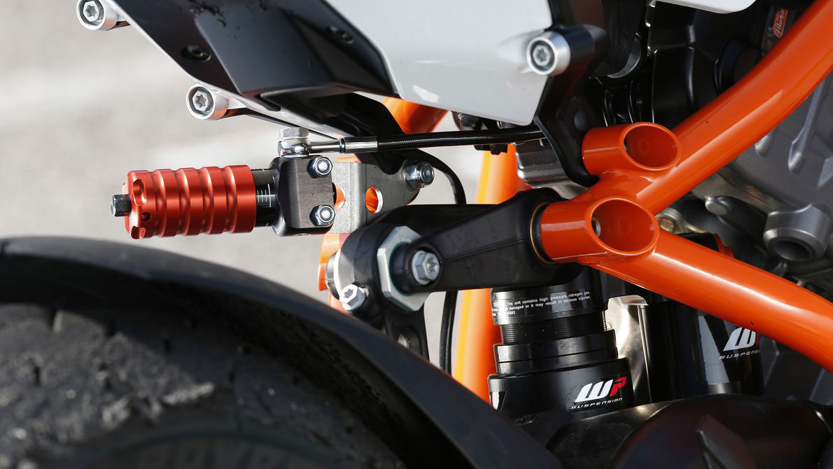WP Electronic Damping Suspension on a KTM bike (Image Courtesy: KTM, WP)