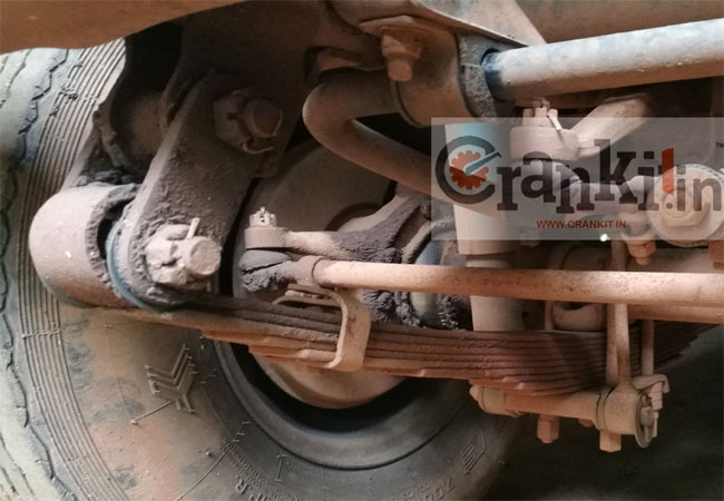 Rigid Front Suspension with Leaf Springs of Mahindra Utility.