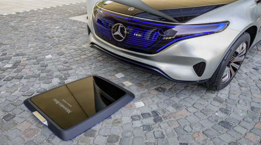 Mercedes Benz concept EQ wireless charging