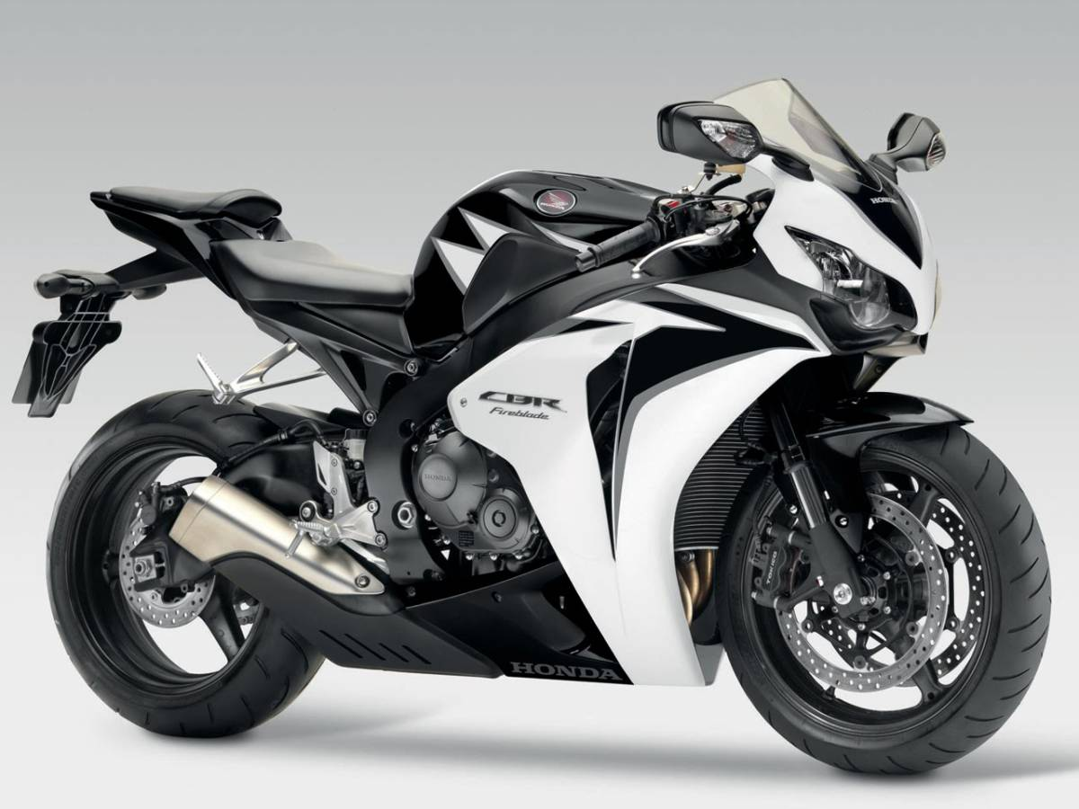 Honda CBR 1000RR Sports Bike (Courtesy: Honda)