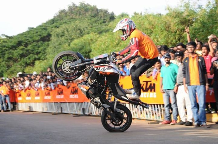 KTM stunt show & sports motorcycling