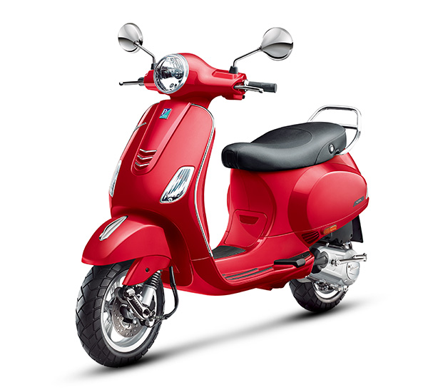 Piaggio Vespa VXL 150 Scooter (Courtesy: Vespa)