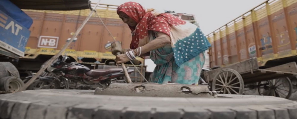 India's first woman truck mechanic