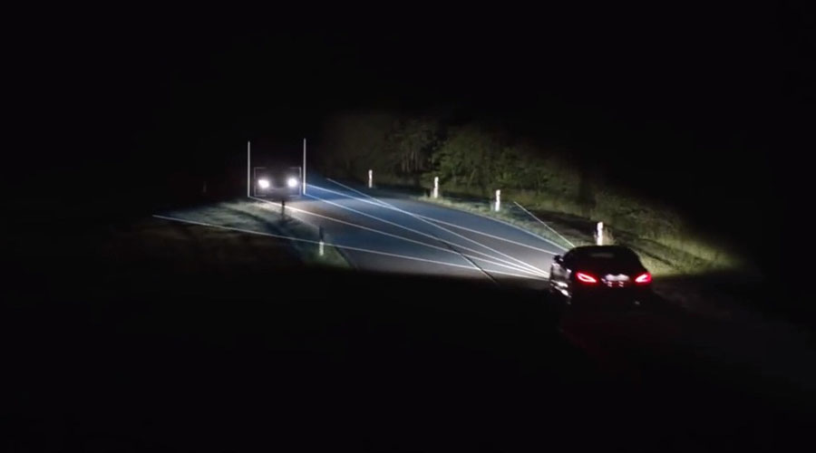 Mercedes Benz adaptive high beam assist