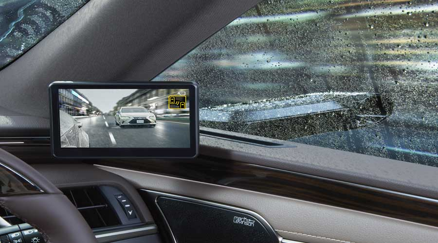 Digital side view mirror monitor